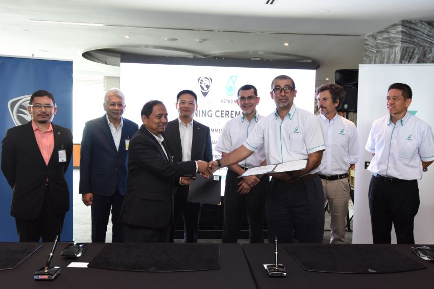 Proton extends partnership with Petronas by 10 years Image #946746