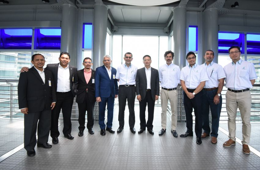 Proton extends partnership with Petronas by 10 years Image #946747