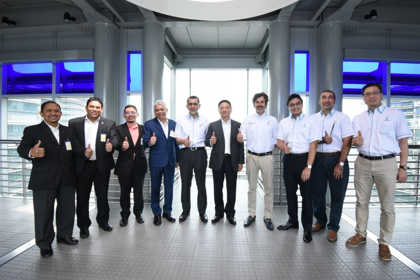 Proton extends partnership with Petronas by 10 years Image #946748