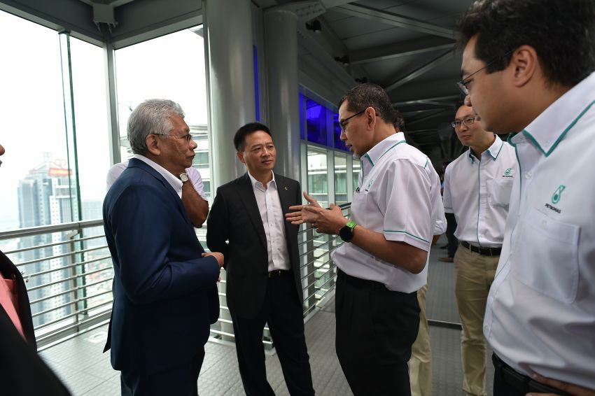 Proton extends partnership with Petronas by 10 years Image #946739