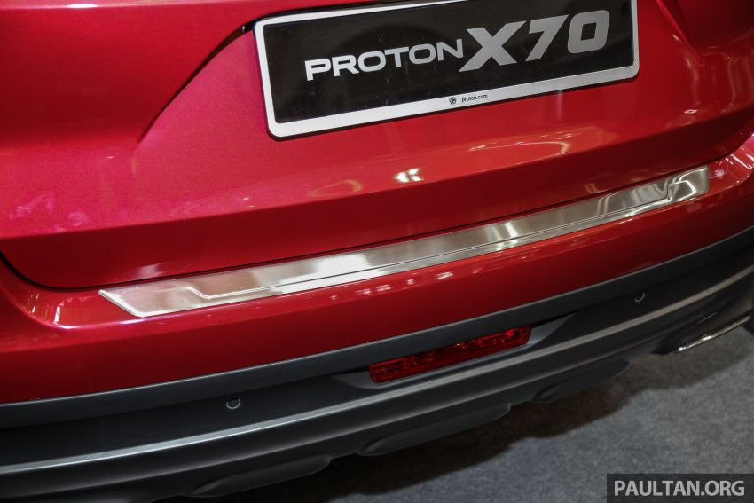 Proton X70 – aksesori asli luar dan dalam kini dijual Image #951334