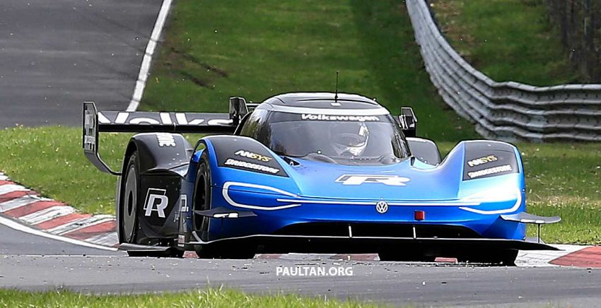 Volkswagen to attempt 'Ring lap record with updated ID.R – revised aero package, battery management Image #954747
