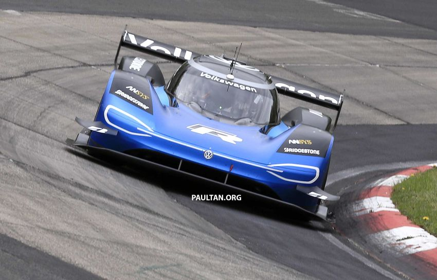 Volkswagen to attempt 'Ring lap record with updated ID.R – revised aero package, battery management Image #954757