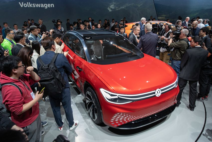 Volkswagen ID. Roomzz makes Shanghai debut – 306 PS, 450 km range, Level 4 autonomous capability Image #947464