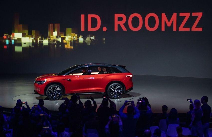 Volkswagen ID. Roomzz makes Shanghai debut – 306 PS, 450 km range, Level 4 autonomous capability Image #947465