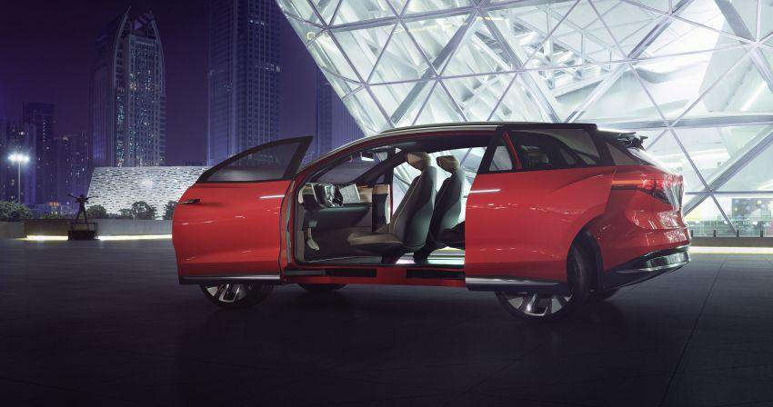 Volkswagen ID. Roomzz makes Shanghai debut – 306 PS, 450 km range, Level 4 autonomous capability Image #947476