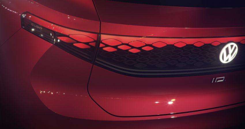 Volkswagen ID. Roomzz makes Shanghai debut – 306 PS, 450 km range, Level 4 autonomous capability Image #947479