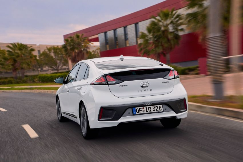 2019 Hyundai Ioniq facelift gets detailed – styling and equipment updates; EV version gains larger battery Image #956815