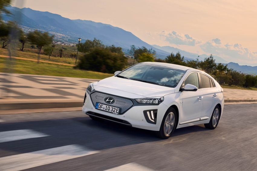 2019 Hyundai Ioniq facelift gets detailed – styling and equipment updates; EV version gains larger battery Image #956818
