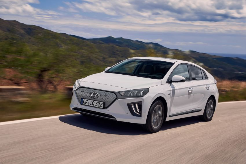 2019 Hyundai Ioniq facelift gets detailed – styling and equipment updates; EV version gains larger battery Image #956821