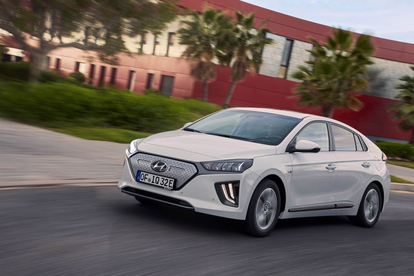 2019 Hyundai Ioniq facelift gets detailed – styling and equipment updates; EV version gains larger battery Image #956824