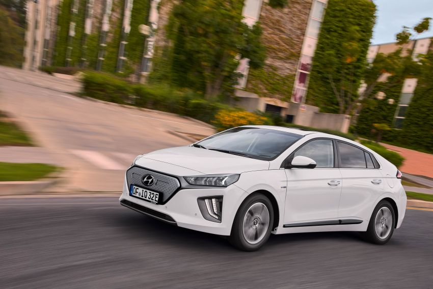 2019 Hyundai Ioniq facelift gets detailed – styling and equipment updates; EV version gains larger battery Image #956825