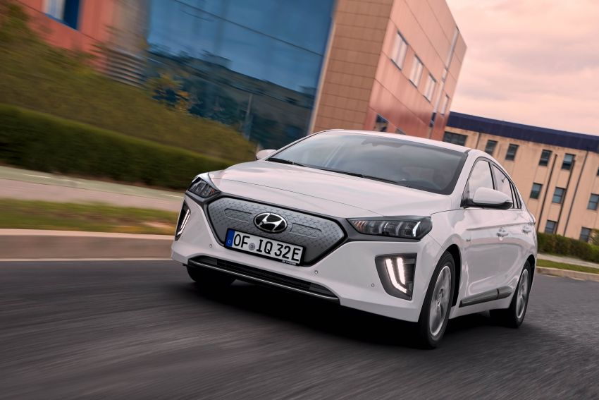 2019 Hyundai Ioniq facelift gets detailed – styling and equipment updates; EV version gains larger battery Image #956826
