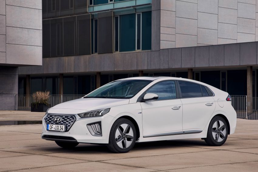 2019 Hyundai Ioniq facelift gets detailed – styling and equipment updates; EV version gains larger battery Image #956722