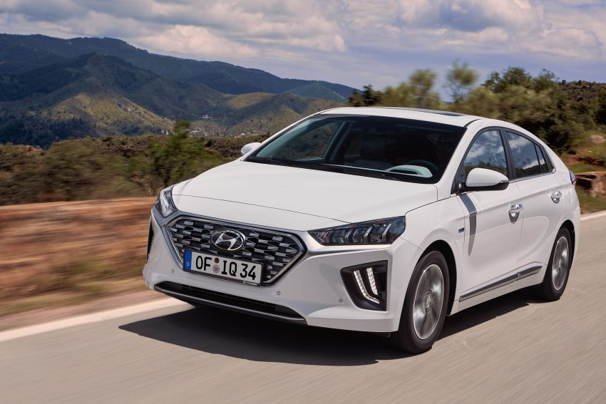 2019 Hyundai Ioniq facelift gets detailed – styling and equipment updates; EV version gains larger battery Image #956733