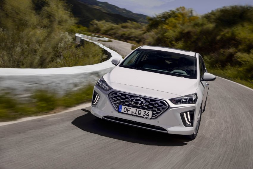 2019 Hyundai Ioniq facelift gets detailed – styling and equipment updates; EV version gains larger battery Image #956734