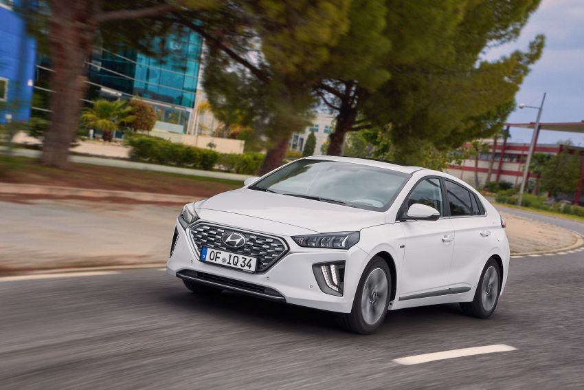 2019 Hyundai Ioniq facelift gets detailed – styling and equipment updates; EV version gains larger battery Image #956738