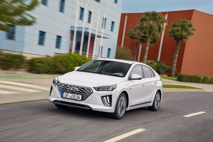 2019 Hyundai Ioniq facelift gets detailed – styling and equipment updates; EV version gains larger battery Image #956740