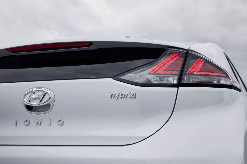 2019 Hyundai Ioniq facelift gets detailed – styling and equipment updates; EV version gains larger battery Image #956746