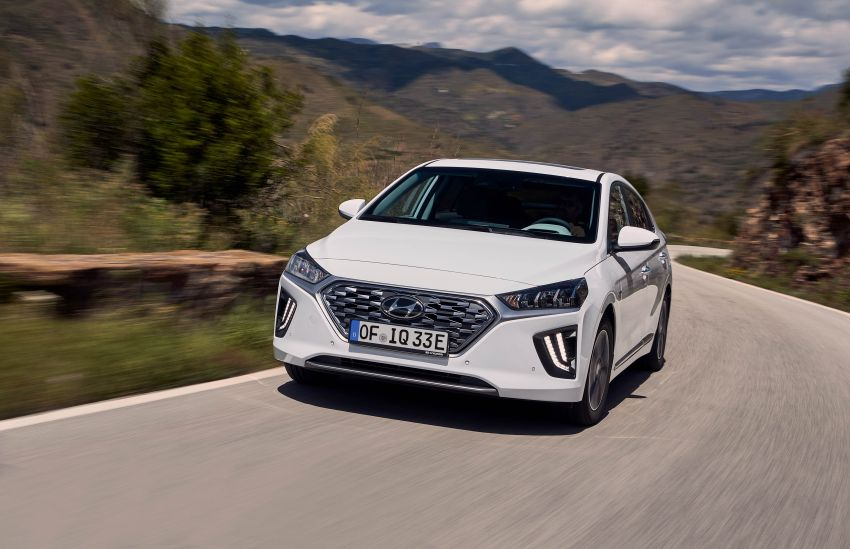 2019 Hyundai Ioniq facelift gets detailed – styling and equipment updates; EV version gains larger battery Image #956775