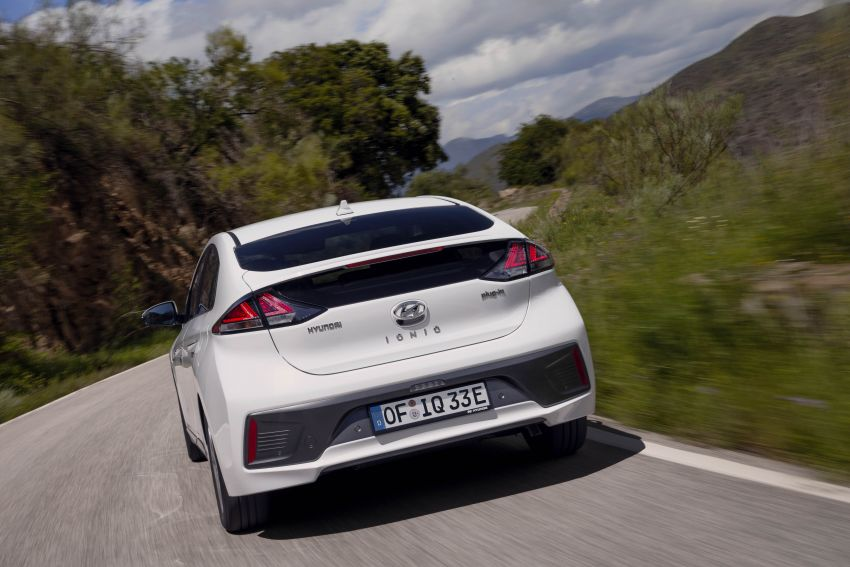 2019 Hyundai Ioniq facelift gets detailed – styling and equipment updates; EV version gains larger battery Image #956778