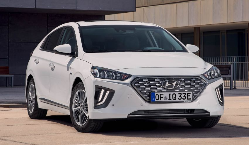 2019 Hyundai Ioniq facelift gets detailed – styling and equipment updates; EV version gains larger battery Image #956757
