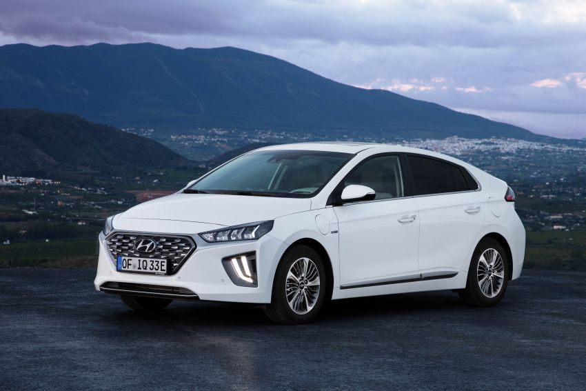 2019 Hyundai Ioniq facelift gets detailed – styling and equipment updates; EV version gains larger battery Image #956763