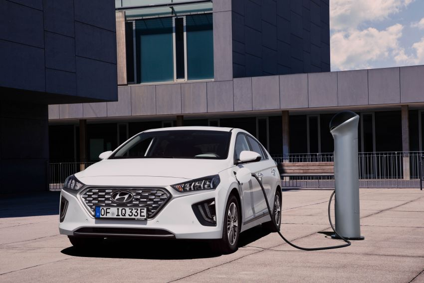 2019 Hyundai Ioniq facelift gets detailed – styling and equipment updates; EV version gains larger battery Image #956765