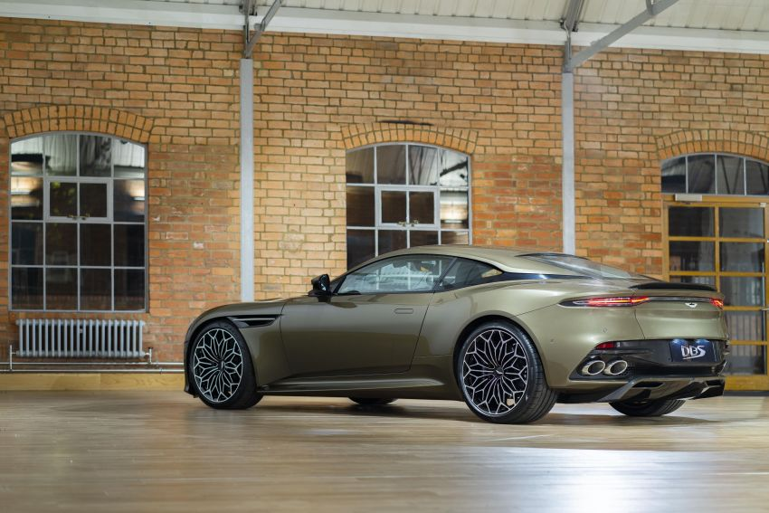 Aston Martin DBS Superleggera is now On Her Majesty's Secret Service – 50-unit 007 limited edition Image #962380