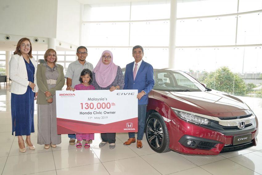 Honda Malaysia rai pemilik Civic yang ke-130,000 – tawar rebat sehingga RM5,000 sempena Ramadan Image #958934