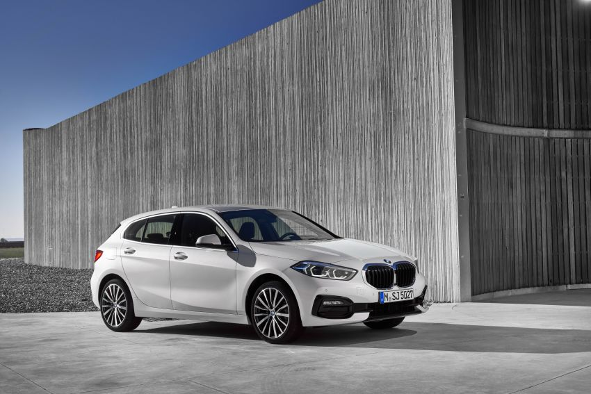 F40 BMW 1 Series makes its debut – third-gen is now front-wheel drive, gets range-topping M135i xDrive Image #963479