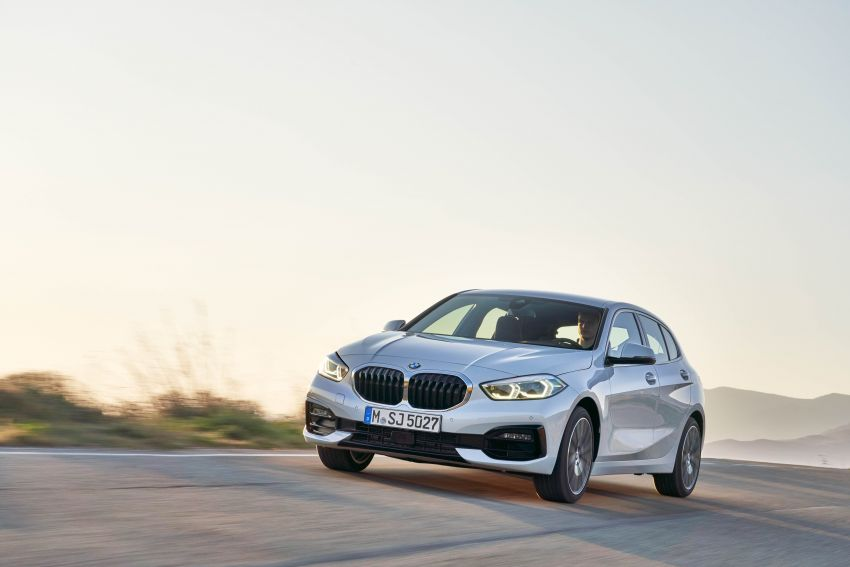 F40 BMW 1 Series makes its debut – third-gen is now front-wheel drive, gets range-topping M135i xDrive Image #963520