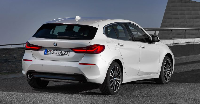 F40 BMW 1 Series makes its debut – third-gen is now front-wheel drive, gets range-topping M135i xDrive Image #963525