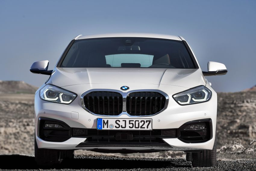 F40 BMW 1 Series makes its debut – third-gen is now front-wheel drive, gets range-topping M135i xDrive Image #963510