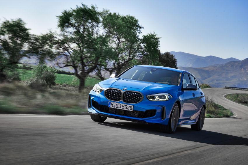 F40 BMW 1 Series makes its debut – third-gen is now front-wheel drive, gets range-topping M135i xDrive Image #963578