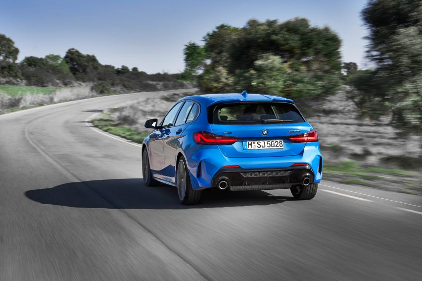 F40 BMW 1 Series makes its debut – third-gen is now front-wheel drive, gets range-topping M135i xDrive Image #963581