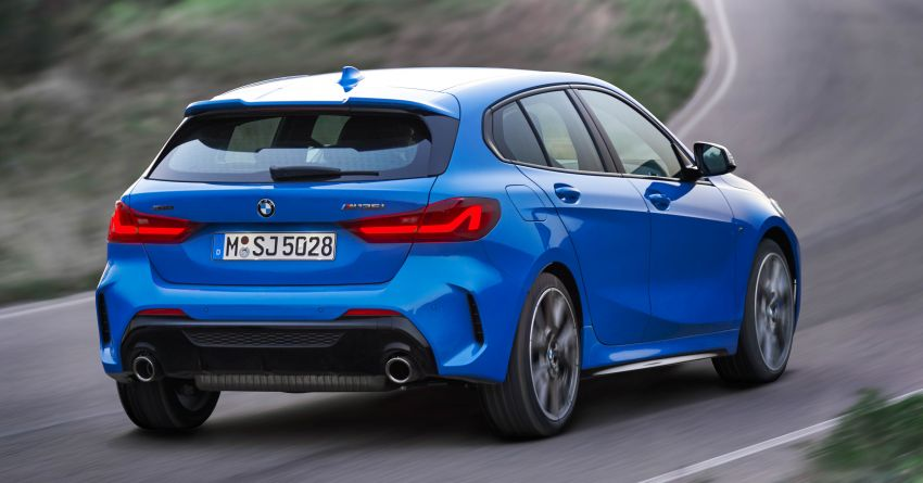 F40 BMW 1 Series makes its debut – third-gen is now front-wheel drive, gets range-topping M135i xDrive Image #963582