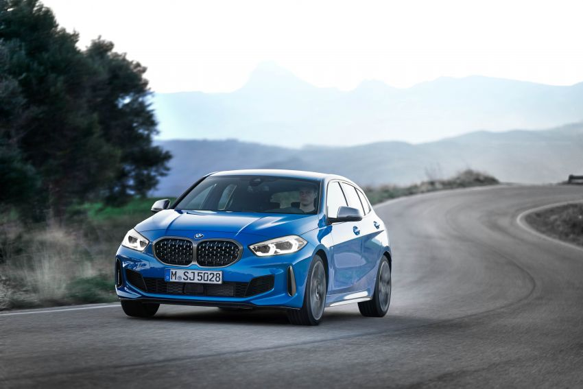 F40 BMW 1 Series makes its debut – third-gen is now front-wheel drive, gets range-topping M135i xDrive Image #963583