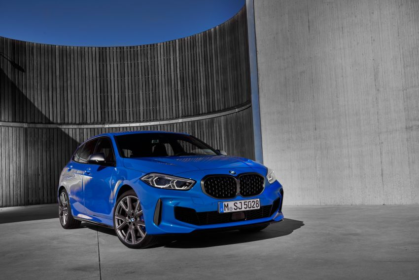 F40 BMW 1 Series makes its debut – third-gen is now front-wheel drive, gets range-topping M135i xDrive Image #963566