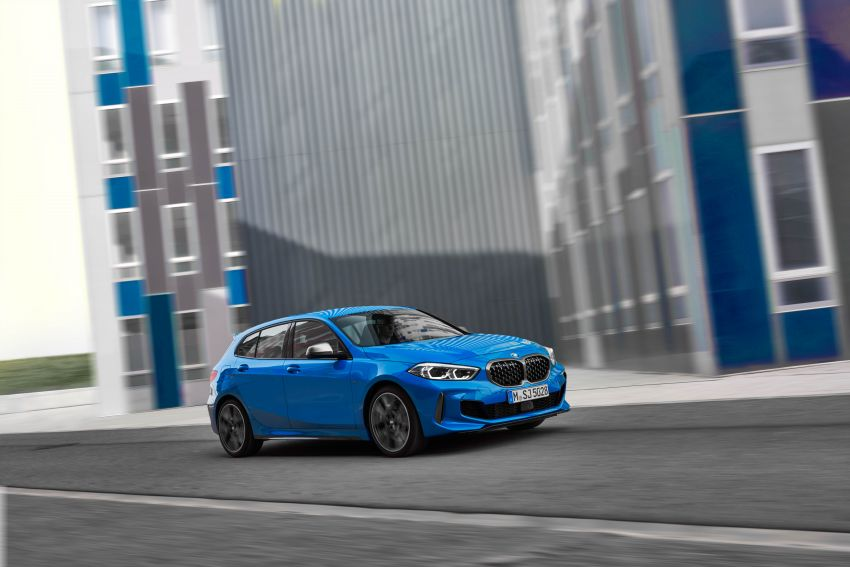 F40 BMW 1 Series makes its debut – third-gen is now front-wheel drive, gets range-topping M135i xDrive Image #963591