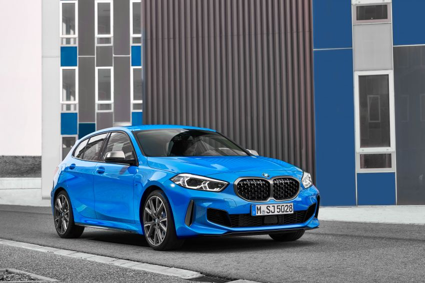 F40 BMW 1 Series makes its debut – third-gen is now front-wheel drive, gets range-topping M135i xDrive Image #963593