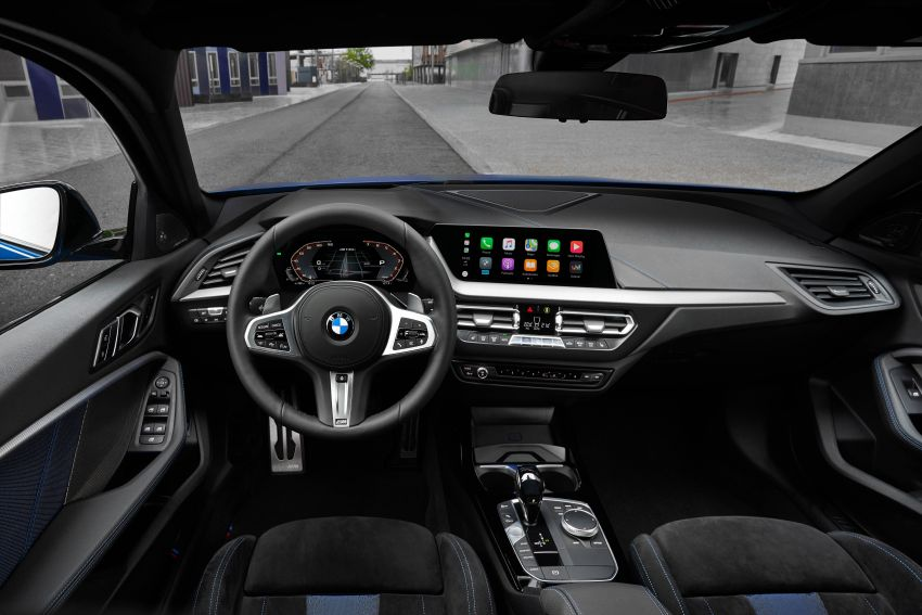 F40 BMW 1 Series makes its debut – third-gen is now front-wheel drive, gets range-topping M135i xDrive Image #963611