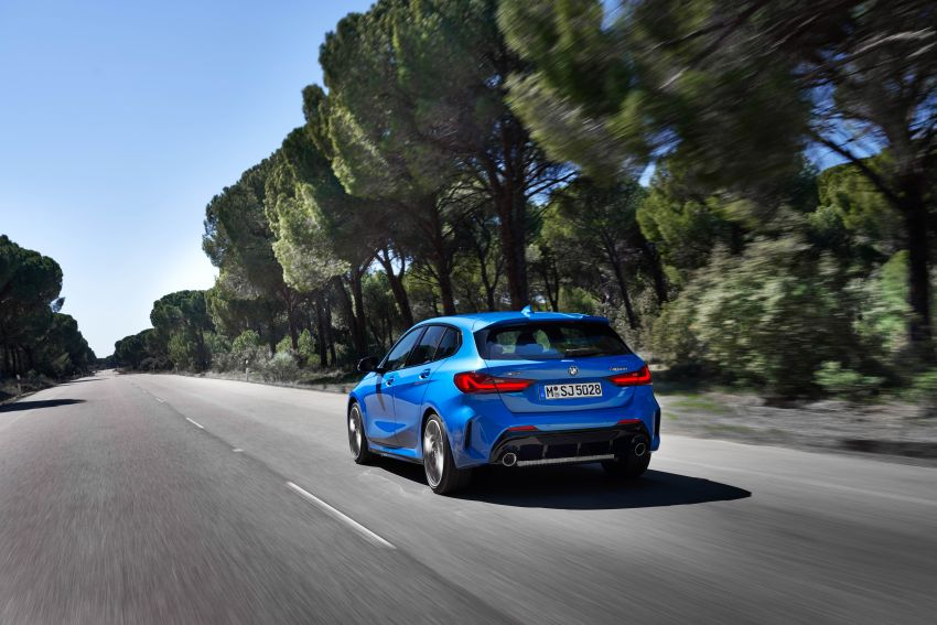 F40 BMW 1 Series makes its debut – third-gen is now front-wheel drive, gets range-topping M135i xDrive Image #963568