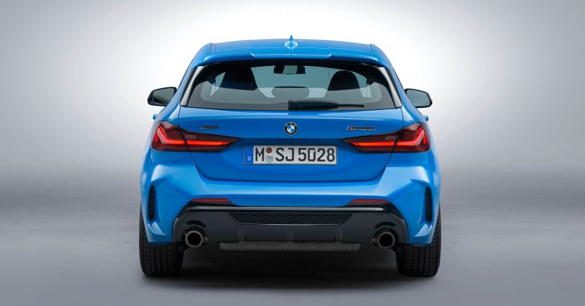 F40 BMW 1 Series makes its debut – third-gen is now front-wheel drive, gets range-topping M135i xDrive Image #963619