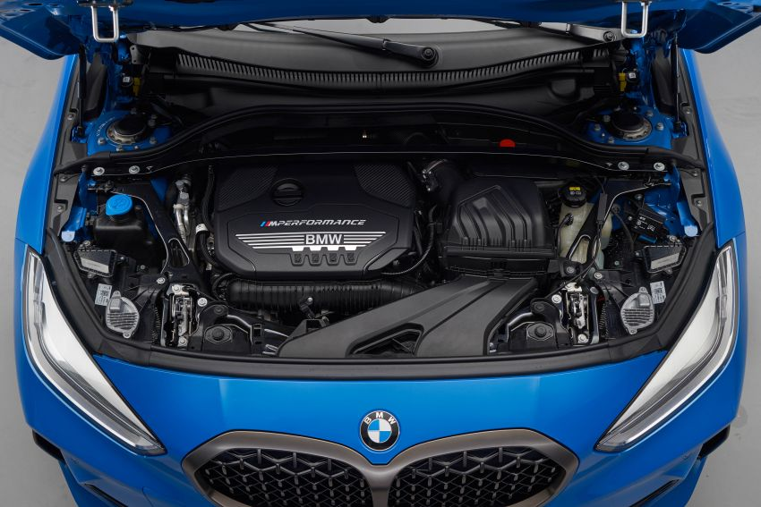 F40 BMW 1 Series makes its debut – third-gen is now front-wheel drive, gets range-topping M135i xDrive Image #963629