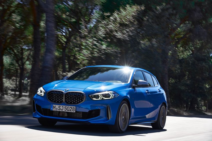 F40 BMW 1 Series makes its debut – third-gen is now front-wheel drive, gets range-topping M135i xDrive Image #963570