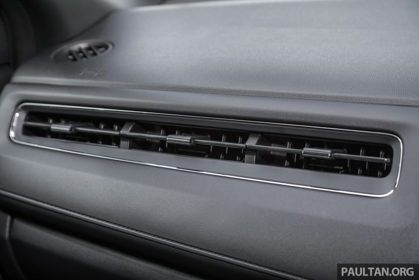 GALLERY: Honda HR-V RS with full-black interior Image #961619