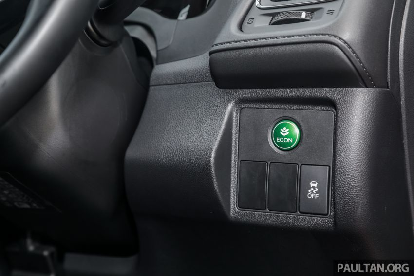 GALLERY: Honda HR-V RS with full-black interior Image #961622