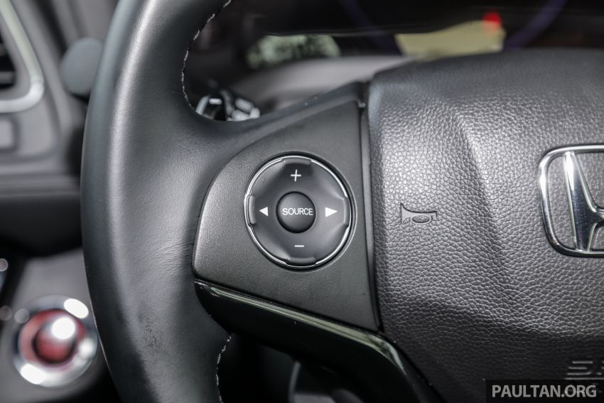 GALLERY: Honda HR-V RS with full-black interior Image #961593