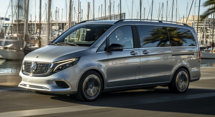 Mercedes-Benz Concept EQV – first public drive for electric MPV, production version debuts in Frankfurt Image #959353